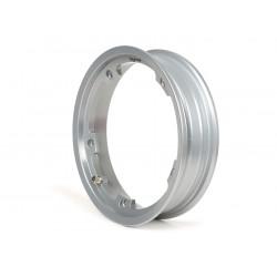 Llanta Plateada Tubeless BGM PRO 2.10-10 en aluminio. Válido para todos los modelos de Vespa salvo COSA que monten rueda 10