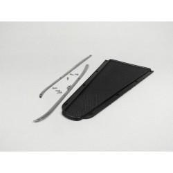 Kit alfombrilla central negra con guías de sujecíon, Vespa 150s (ambas series), 150 GS, 150 Sprint, 160